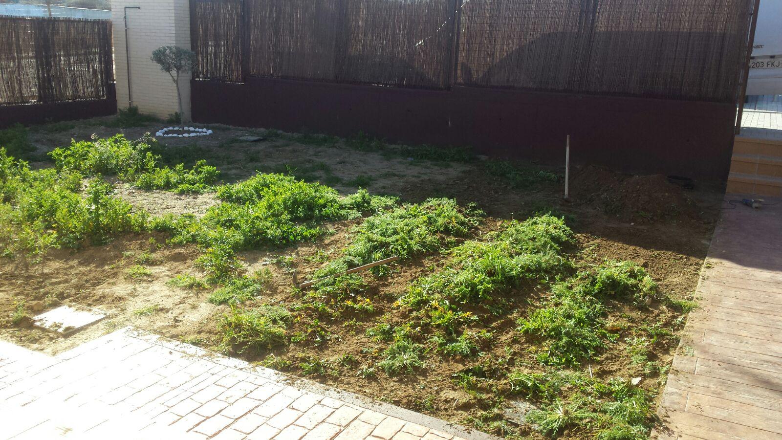 Limpieza de suelo para Instalación de Césped Artificial
