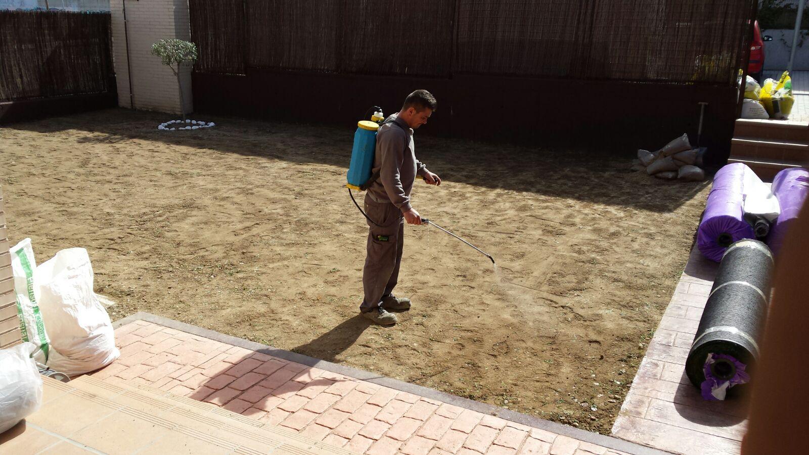 Fumigado de suelo para Instalación de Césped Artificial